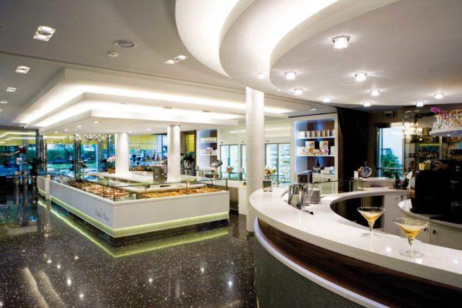 pastries,display
