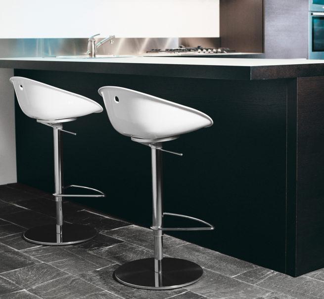 kitchen,stools
