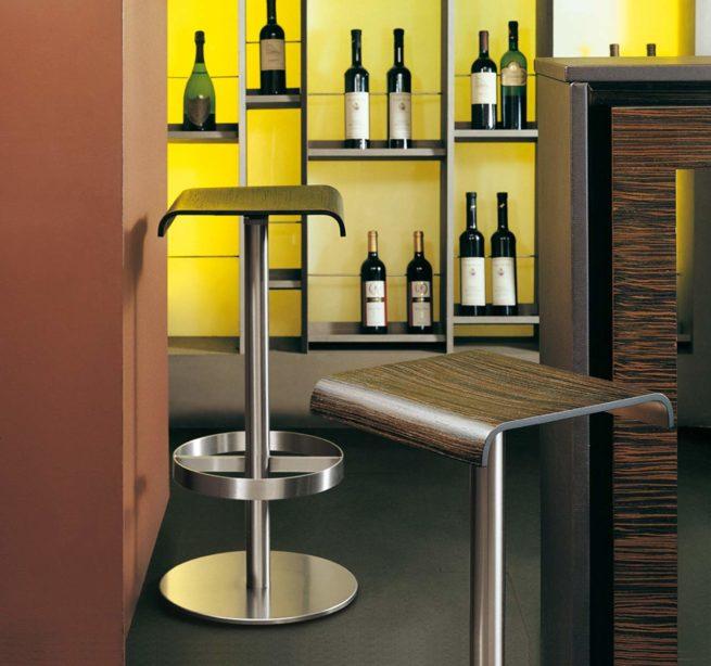 restaurants,stools